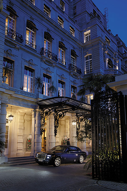 Wejście do hotelu The Shangri-la/mat.prasowe The Shangri-la Hotel