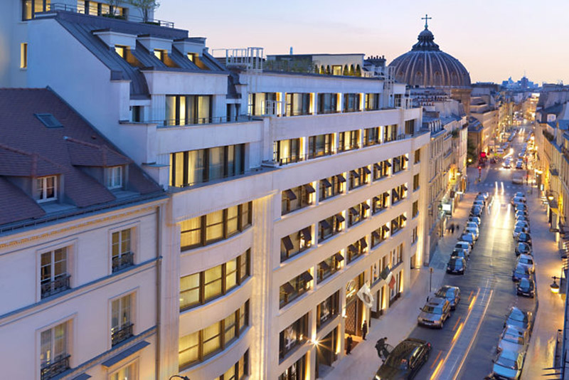 Widok na ulicę Saint Honore z hotelu Mandarin Oriental/mat.prasowe Mandarin Oriental