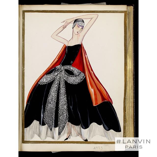 "Modelka w sukni ""The Cavallini""/Instagram: @lanvinofficial"