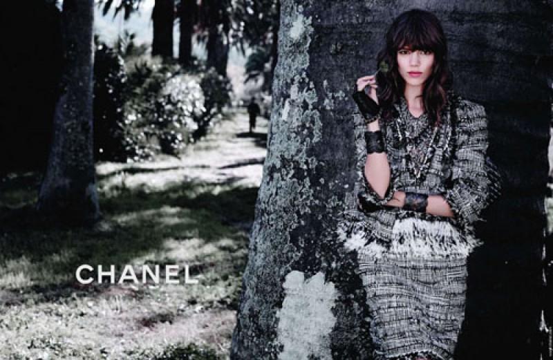 Ubrania w pepitkę w kampanii Chanel na sezon wiosna/lato 2012