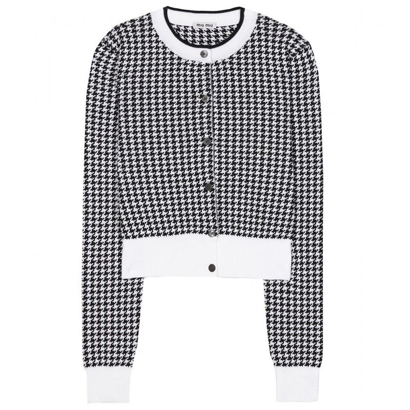 Sweter w pepitkę marki Miu Miu