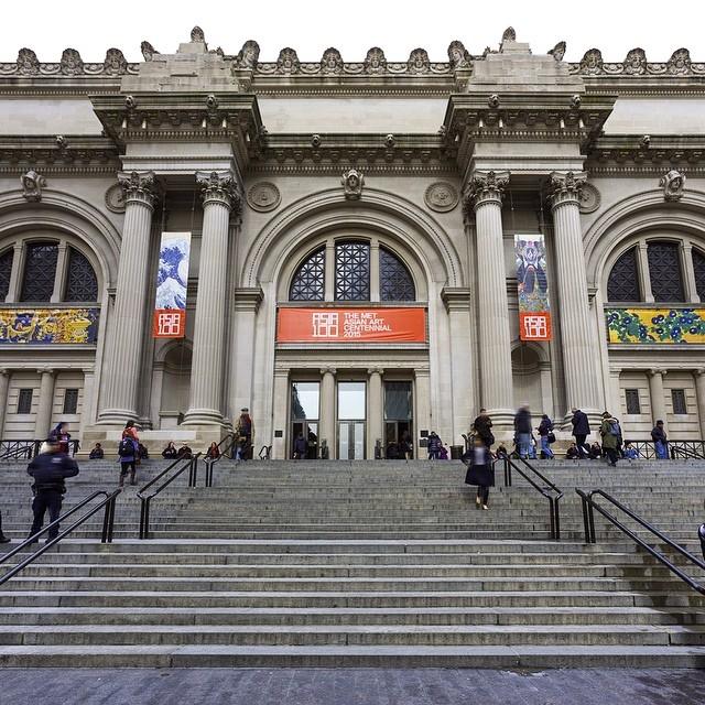 Wejście główne The Met/Instagram: @metmuseum