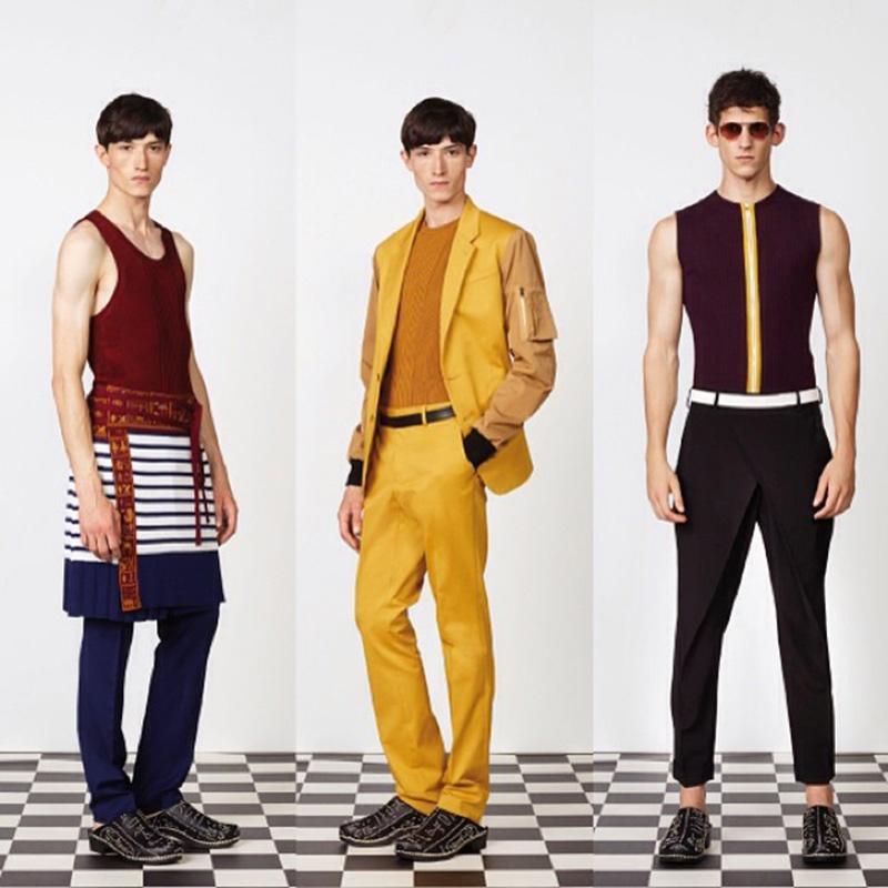 Mężczyźni w spódnicach i butach na obcasie projektu Jeana Paula Gaultiera/Instagram:@jpgaultierofficial