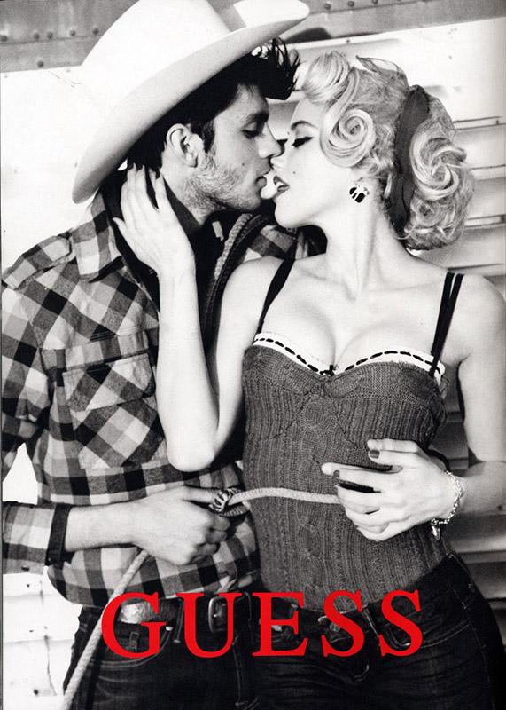 Kampania marki Guess na jesień 2012 w stylu rockabilly