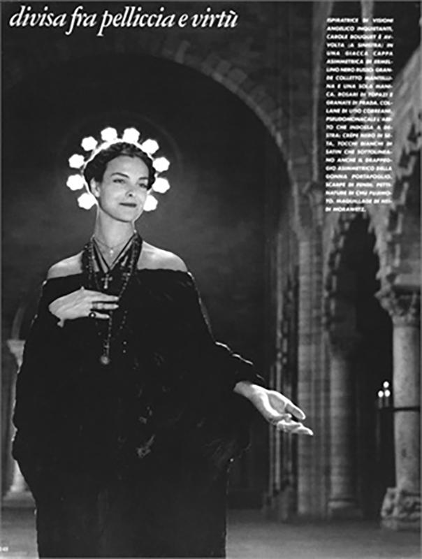 Sesja autorstwa Helmuta Newtona opublikowana we Włoskim wydaniu magazynu Vogue w 1983r.