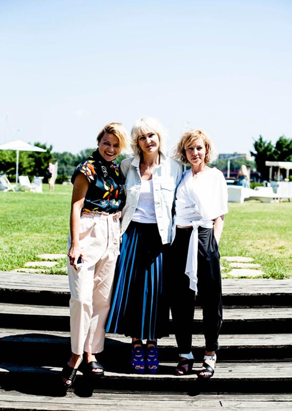 Anna Puślecka, red. naczelna DYKF (w środku) i założycielki HUSH Warsaw  Anna Pięta i Magda Korcz /fot. Eliza Krakówka dla DYKF