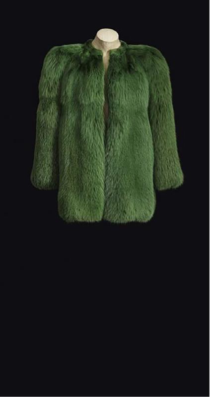 Futro pochodzące z kolekcji z 1971 roku zaprezentowane podczas wystawy/mat.prasowe Fondation Pierre Bergé – Yves Saint Laurent