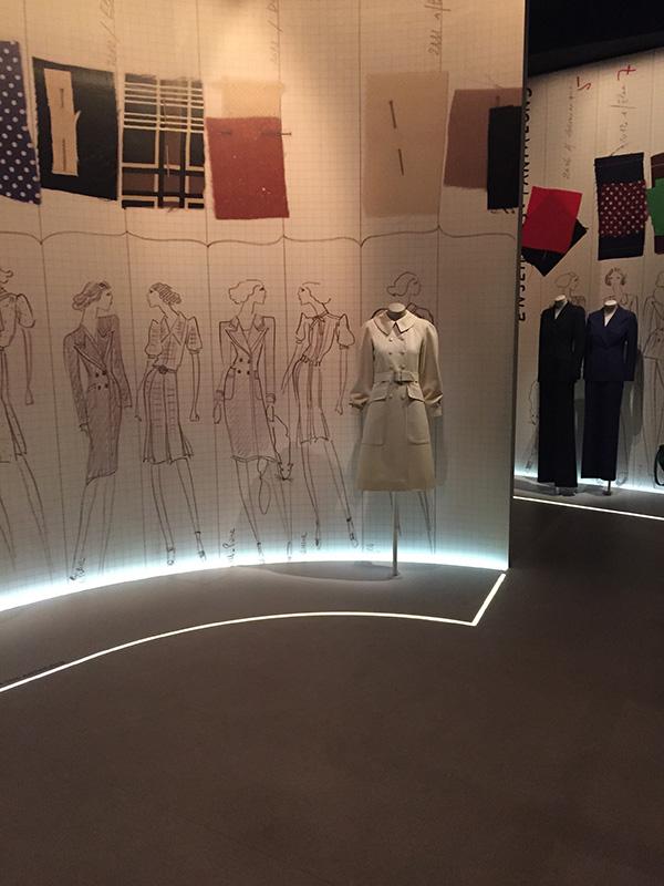 """Wystawa """"Yves Saint Laurent 1971 La collection du scandale""""/archiwum prywatne autorki"""