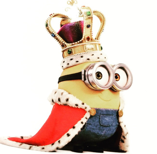 Minion/Instagram: @suzymenkesvogue