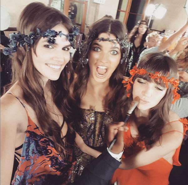 Vanessa Moody, Pat McGrathreal i Gracie Hartzel/Instagram_@versace_official