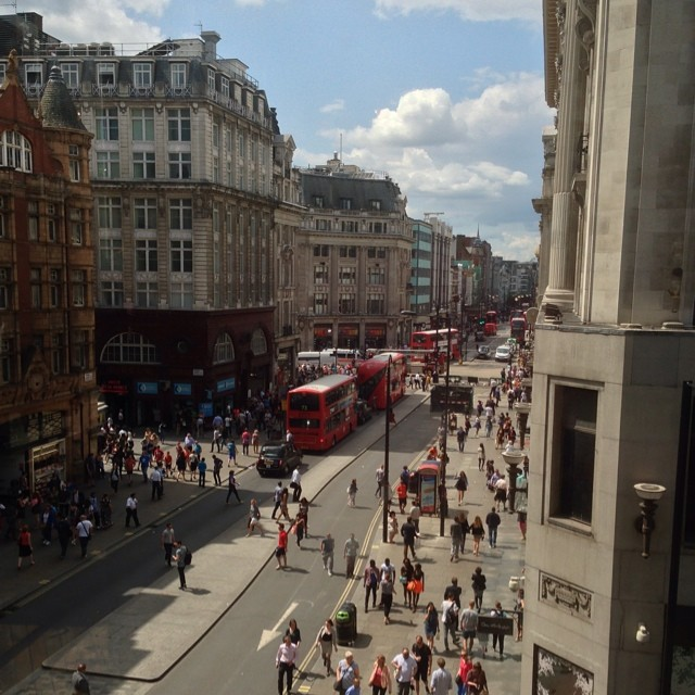 Oxford Street/Instagram: @oxfordstreetw1