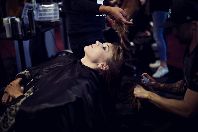 Przygotowanie włosów - Sebastian Professional/fot. Agnieszka Taukert dla DYKF