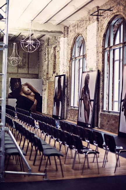 Profesjonalnym przygotowaniem wielkoformatowych wydruków zdjęć Aldony Karczmarczyk zajął się ProfiLab/fot. Agnieszka Taukert dla DYKF