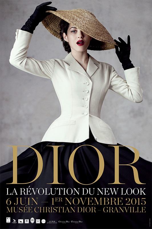 Plakat promujący obecną wystawę w muzeum Diora