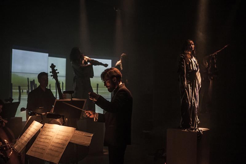 Błażej Wincenty Kozłowski (dyrygent), Lutosławski Orchestra Moderna/fot.Łukasz Łuszczek