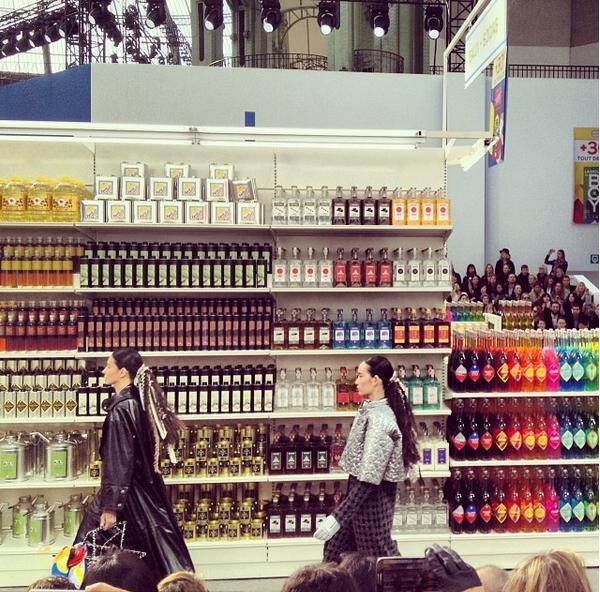 Pokaz Chanel jesień-zima 2014/15/Instagram