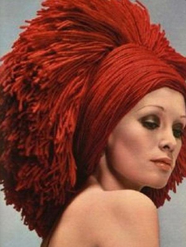 Nakrycie głowy z 1970 roku/Instagram_@simondebeaupre