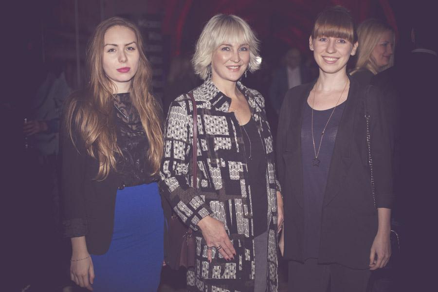 Anna Puślecka, redaktor naczelna DYKF z redaktorkami portalu - Katarzyną Pyrek (po lewej) i Katarzyną Pietrewicz/fot. Agnieszka Taukert dla DYKF