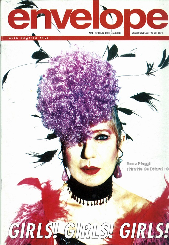 Anna Piaggi na okładce magazynu Envelope, wiosna 1995