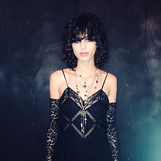 Modelka Mica Arganaraz/Instagram: @chanelofficial
