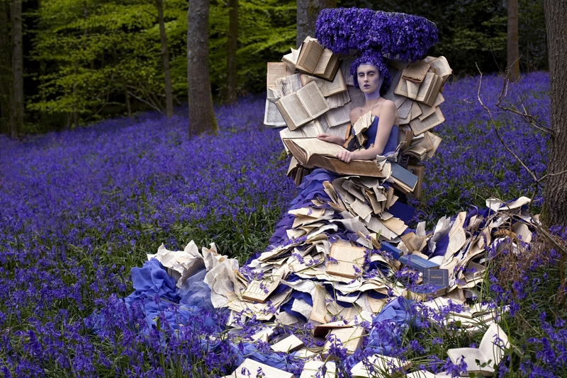 Fairy Tale Fashion/fot. The Museum at Fashion Institute of Technology