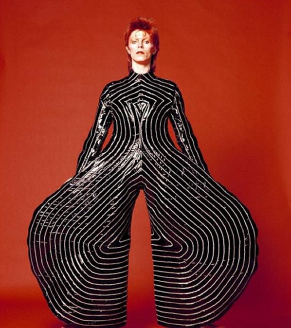 David Bowie w projekcie Kansai Yamamoto/Instagram @headlinersmusichall