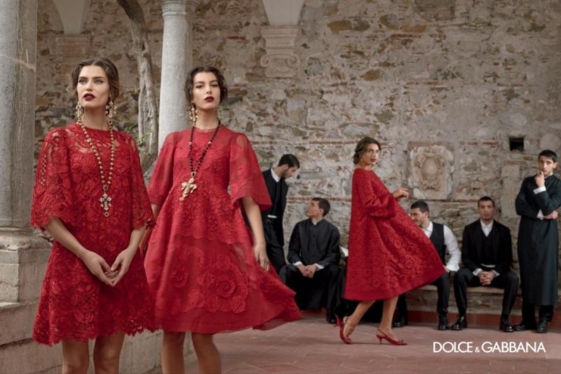 Sukienki określające linię w kształcie litery A - Dolce&Gabbana jesień-zima 2013