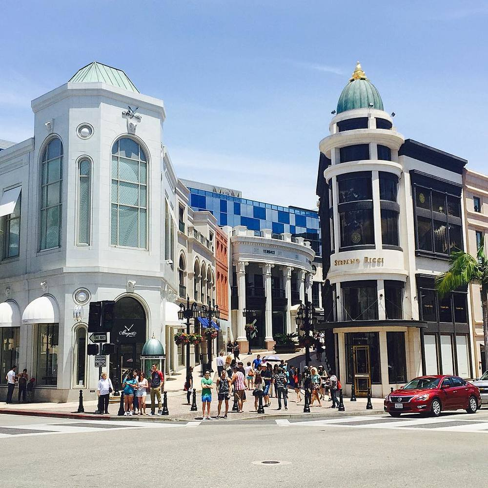 Beverly Hills, Rodeo Drive/Instagram: @iamseohyun