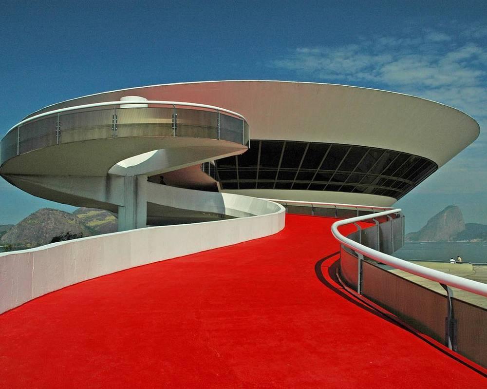 Muzeum Sztuki Współczesnej w Niteroi/Instagram: @buro247ru