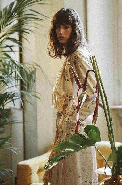 Kimono marki Attico/Instagram: @the_attico