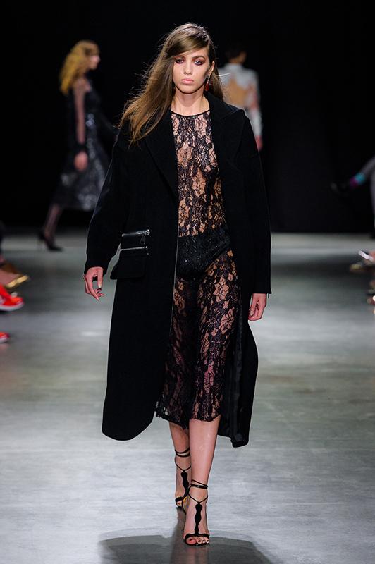 38_PaprockiBrzozowski_300516_web_fot_Filip_Okopny_Fashion_Images.jpg