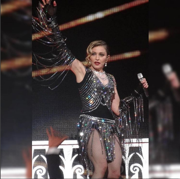 Madonna kostium Moschino/Instagram @themdnaworld