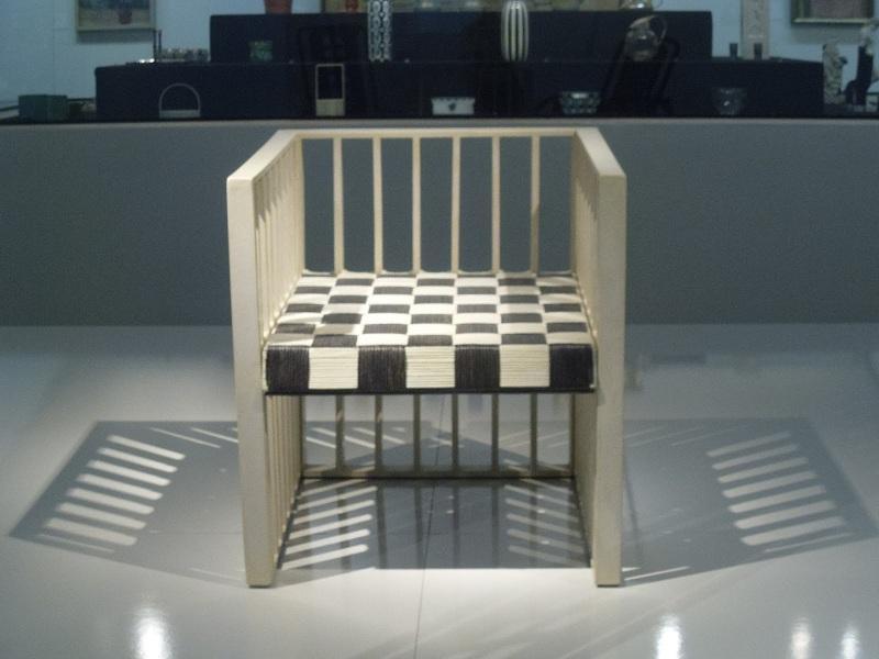 Krzesło zaprojektowane przez Kolomana Mosera - Warsztaty Wiedeńskie