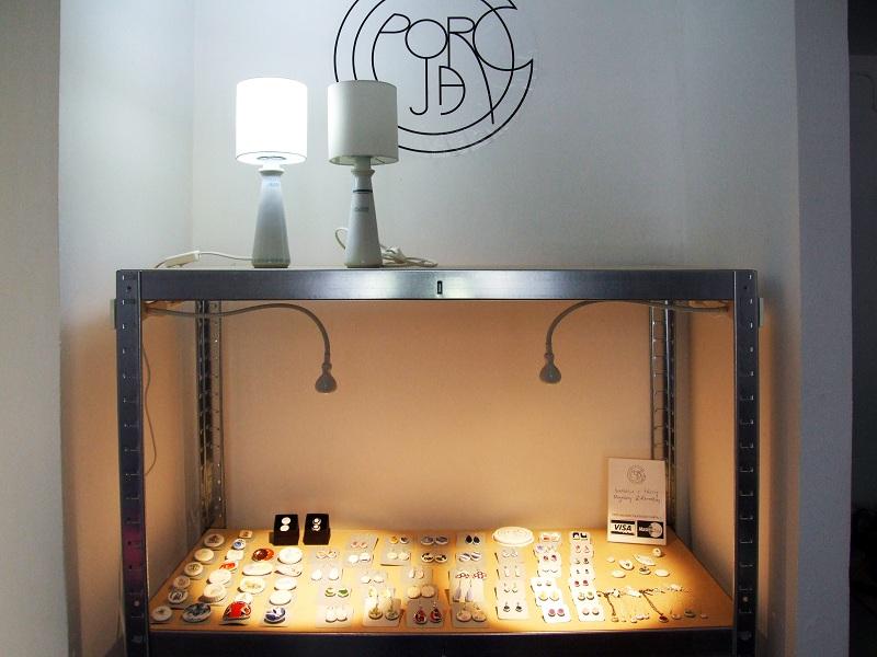 Biżuteria z talerzy/fot. materiały prywatne
