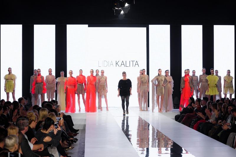 Lidia Kalita z modelkami/fot. Filip Okopny