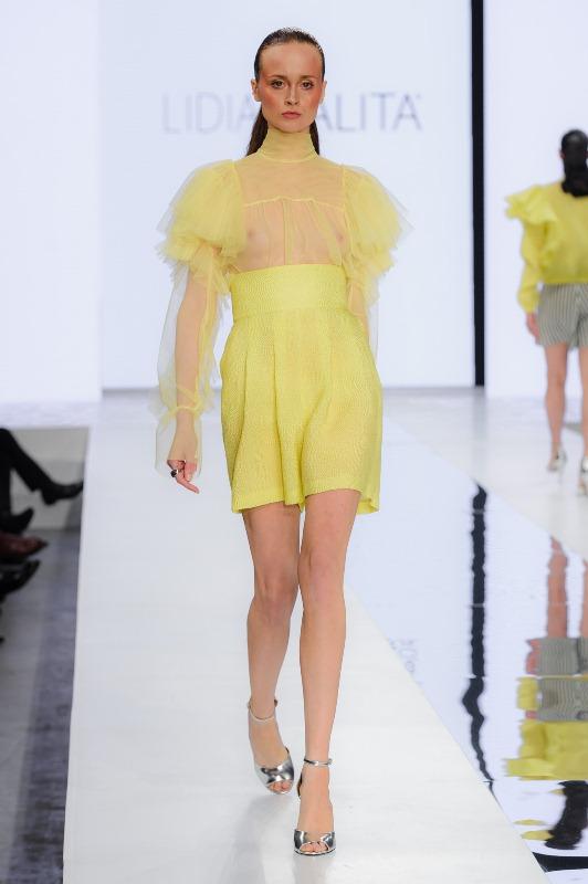 2_LidiaKalita270117_web_fotFilipOkopny_FashionImages.JPG
