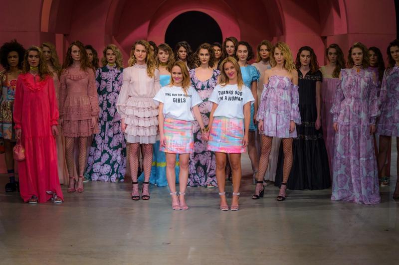 Zuzanna Wachowiak i Blanka Jordan wraz z modelkami /Fot.Filip Okopny