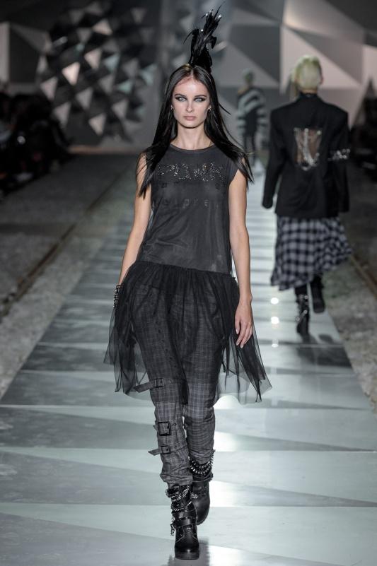38_LIDIAKALITA-031017_highres_fotFilipOkopny-FashionImages.jpg