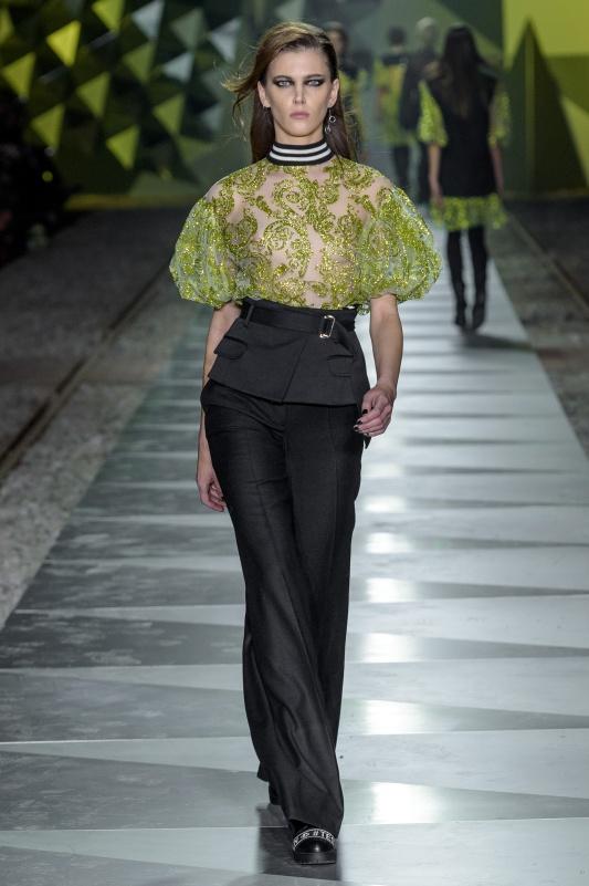 100_LIDIAKALITA-031017_highres_fotFilipOkopny-FashionImages.jpg