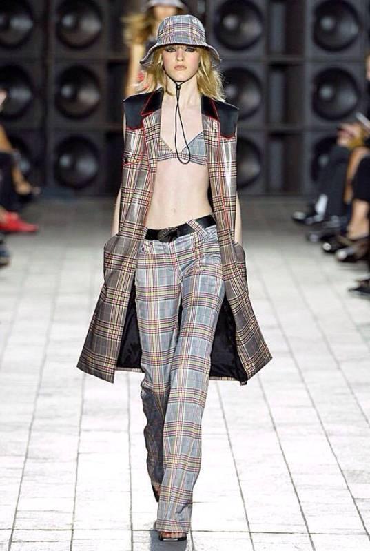 Pokaz kolekcji Versus Versace na sezon wiosna-lato 2018