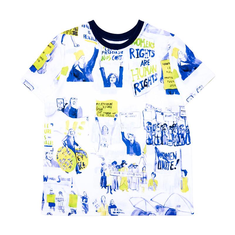 Specjalnie zaprojektowany t-shirt, z którego część dochodu przeznaczona zostanie na cele charytatywne