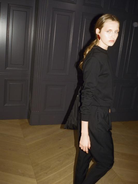 37 Black Celebration blouse, Gioia pants, Lavigna grande bag 2.jpeg
