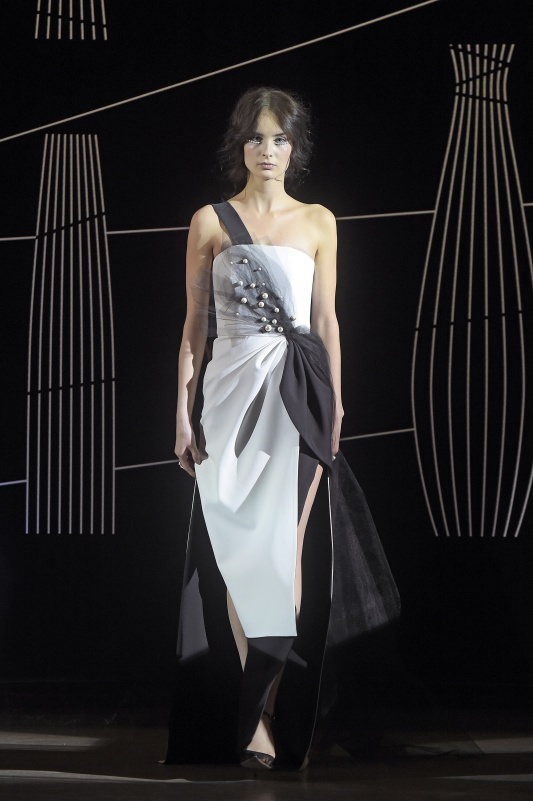 Suknia projektu Marlu /fot. AKPA
