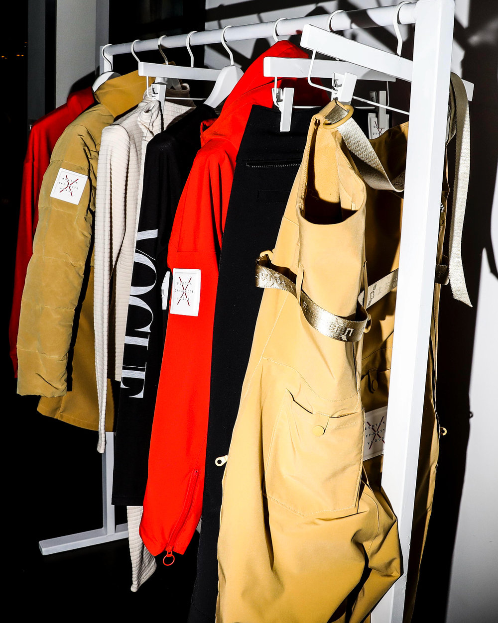 Limitowana kolekcja Burton x Off-White x Vogue/Instagram: @selbydrummond