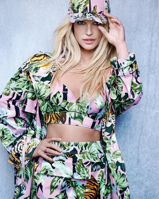 Kampania Britney Spears x Kenzo /fot.Peter Lindbergh