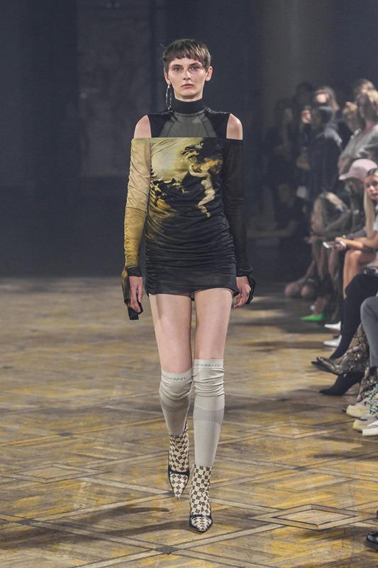 34_MISBHV_060618_highres_fotFilipOkopny-FashionImages.jpg