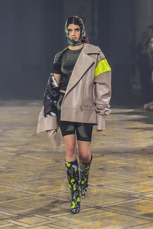 40_MISBHV_060618_highres_fotFilipOkopny-FashionImages.jpg