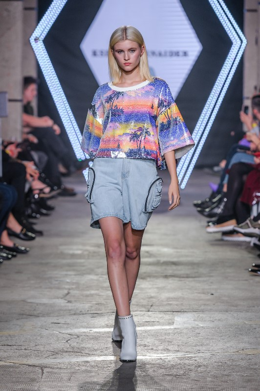 Pokaz Kseni Schnaider/fot. Filip Okopny - Fashion Images
