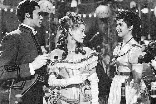 Dirk Bogarde and Kathleen Ryan in Esther Waters, filmed at Folkington Manor