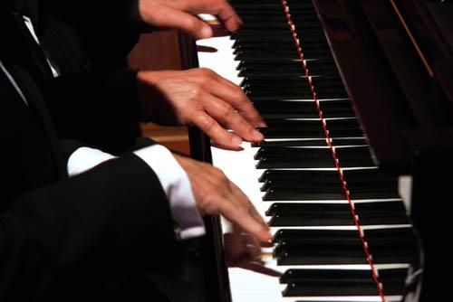 piano50pc.jpg